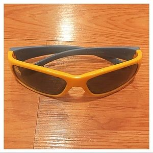 Minion Sunglasses, Toddler OS